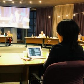 D66 Raadslid De Vries tijdens de eerste Raadsvergadering omtrent de fout in het budget